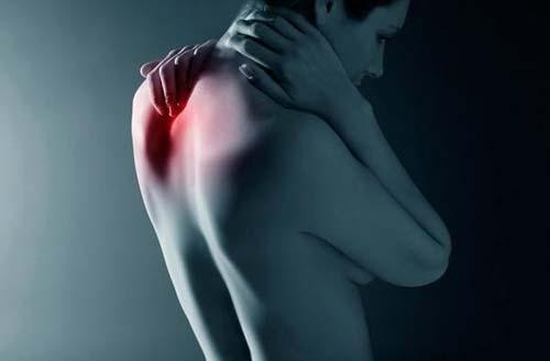Болит шея сильный кашель