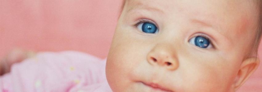 Как облегчить ребенку боль в горле? Причины и способы лечения инфекций
