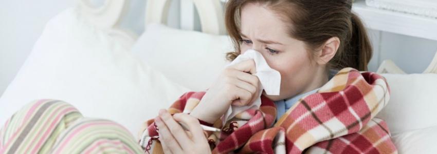 Чем и как лечить насморк при беременности. Мнение доктора